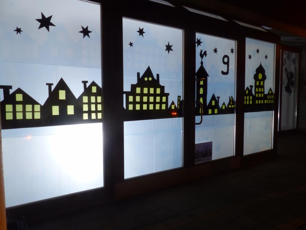 Adventsfenster eingeweiht